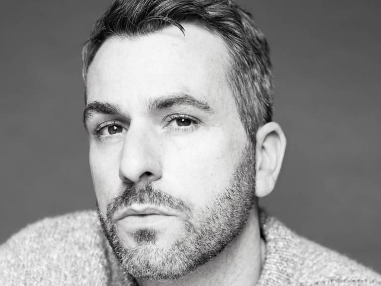 O estilista Paul Surridge, diretor criativo da grife italiana Roberto Cavalli
