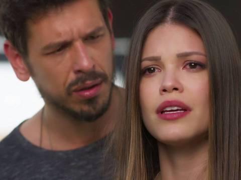 João Vicente de Castro e Vitória Strada em cena de 'Espelho da Vida'