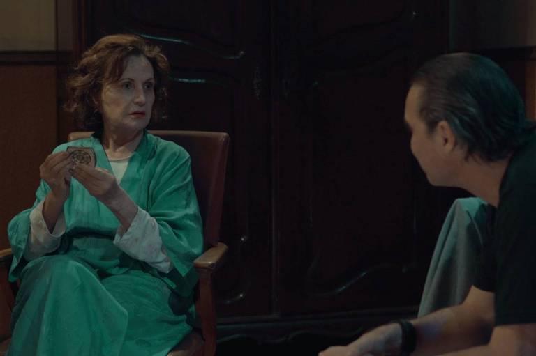 Cenas do filme 'O Trampo', de Carlos Vereza