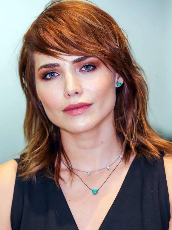 Letícia Colin - Oficial