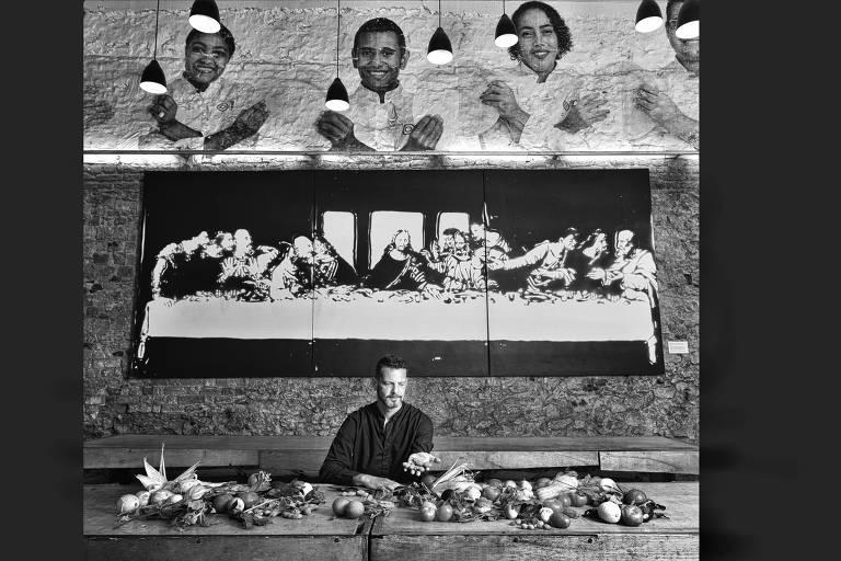 David Hertz: À frente de um movimento mundial pela gastronomia social, o vencedor da 1ª edição do Empreendedor Social de Futuro, em 2009, se tornou Young Global Leader em 2012. Na Olimpíada do Rio deixou sua marca com o Refettorio Gastromotiva, que alimentou sem-tetos com pratos de chefs renomados