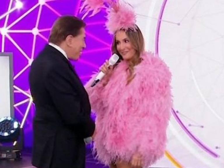 Silvio Santos entrevista Claudia Leitte durante Teleton 2018