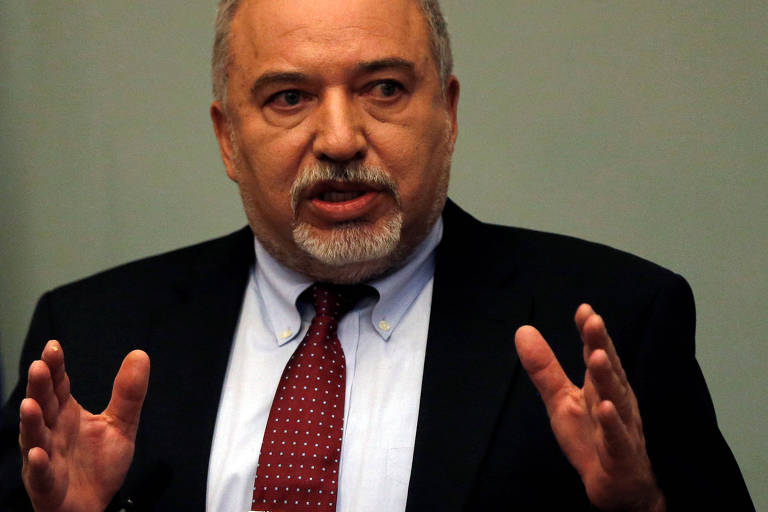 Avigdor Lieberman anuncia sua demissão como ministro da Defesa de Israel nesta quarta-feira (14)