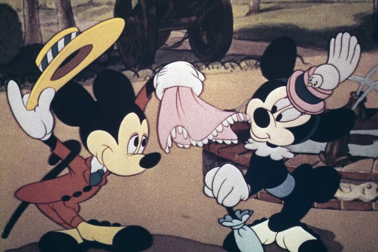 Mickey Mouse e a namorada Minie