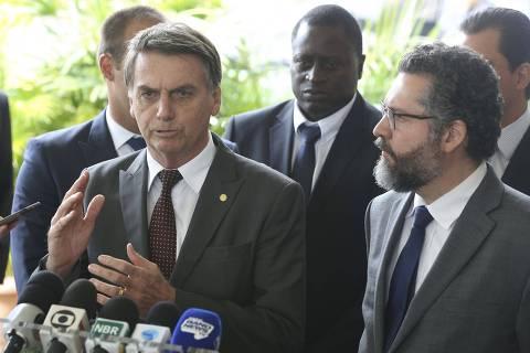 Três grupos disputam política externa de Bolsonaro