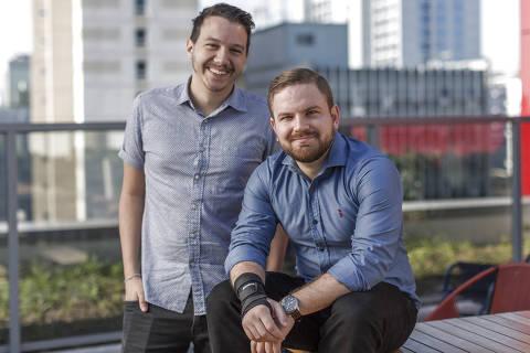 SÃO PAULO, SP - 29 JUNHO: Mathieu Anduze (à esq.) e Raphael Mayer, fundadores da Simbiose Social, posam para foto em São Paulo, SP, em 29 de junho de 2018 (Foto: Renato Stockler) *****EXCLUSIVO PRÊMIO EMPREENDEDOR SOCIAL 2018*****