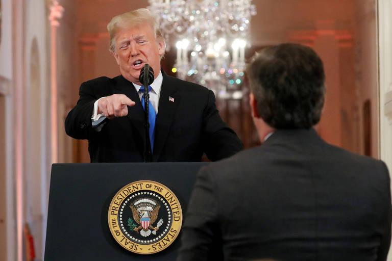 Trump e Acosta tiveram embate durante coletiva na quarta-feira (7)