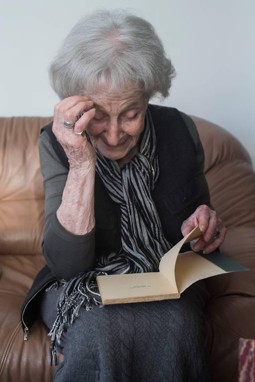 A poeta uruguaia Ida Vitale