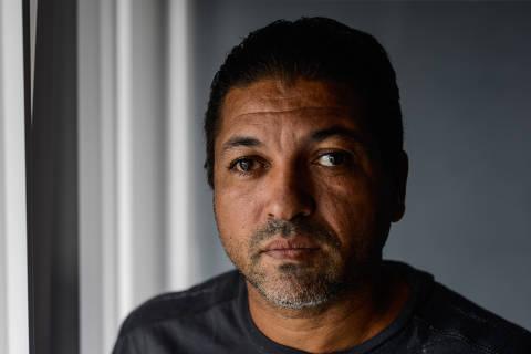 2018-11-13 - Brasil - ES - Vitoria - Luiz Lima, o homem que, apos ser citado por Magno Malta na CPI da Pedofilia, foi preso, teve a vida destruida, ficou quase cego de apanhar. Acabou inocentado.   - Foto: Gabriel Lordello/Mosaico Imagem