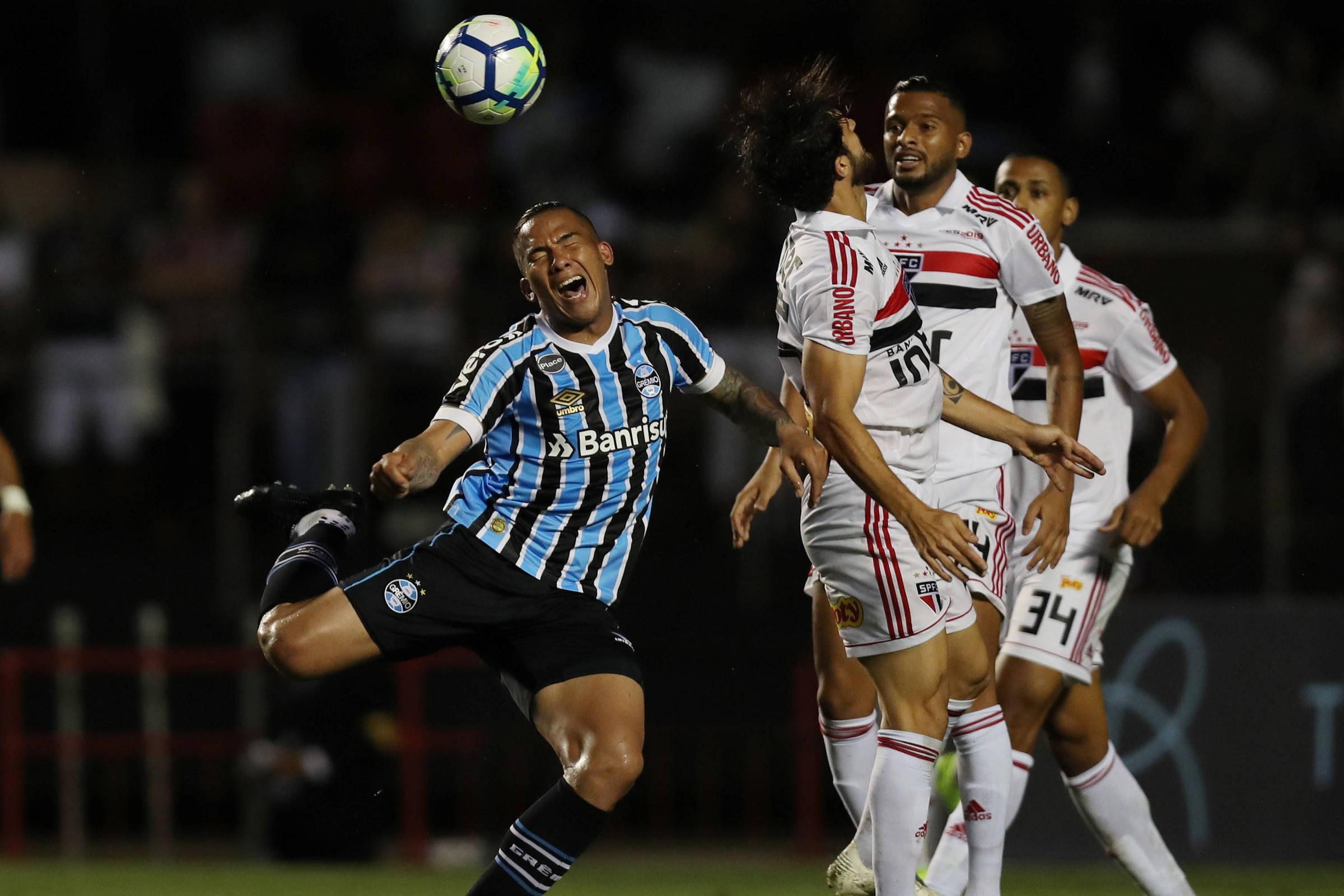 Veja o que ainda está em jogo na 38ª rodada do Campeonato Brasileiro -  27 11 2018 - Esporte - Folha 09d4bab55b3fd