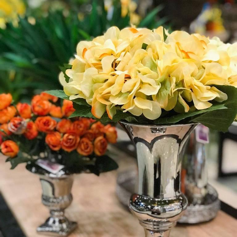 Exposição - Flores Permanentes