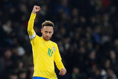 Soccer Football - International Friendly - Brazil v Uruguay - Emirates Stadium, London, Britain - November 16, 2018  Brazil's Neymar celebrates scoring their first goal from the penalty spot         REUTERS/David Klein ORG XMIT: AI