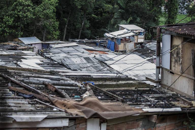 O número de unidades necessárias para suprir a demanda habitacional do Brasil chegou a 7,77 milhões; em 2007, era de 7,26 milhões