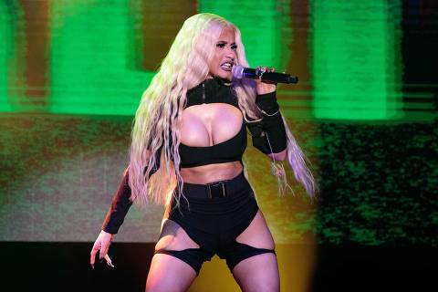 American rapper, songwriter and television personality Cardi B performs in concert at the Mala Luna Music Festival held at the Nelson Wolff Stadium in San Antonio, Texas on October 27, 2018. (Photo by SUZANNE CORDEIRO / AFP)