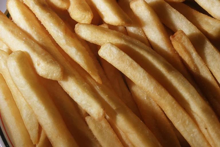 União Europeia vai levar Colômbia à OMC por batatas congeladas