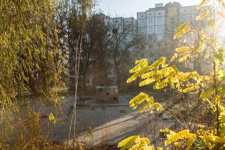 pedestal vazio onde antes ficava uma estátua do líder comunista ^Vladimir Lênin em Obukhiv, na Ucrânia