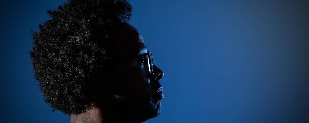 O cineasta Jeferson De, criador do manifesto Dogma Feijoada e diretor de 'Prisioneiro da Liberdade'