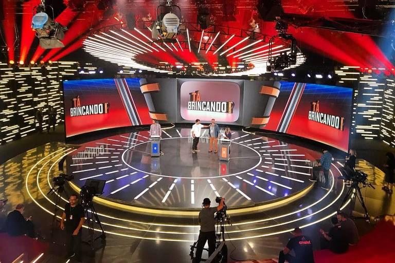 Cenário do novo programa de Otaviano Costa, o Tá Brincando, que estreia em janeiro