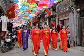 VIETNAM-HANOI-SILK VILLAGE