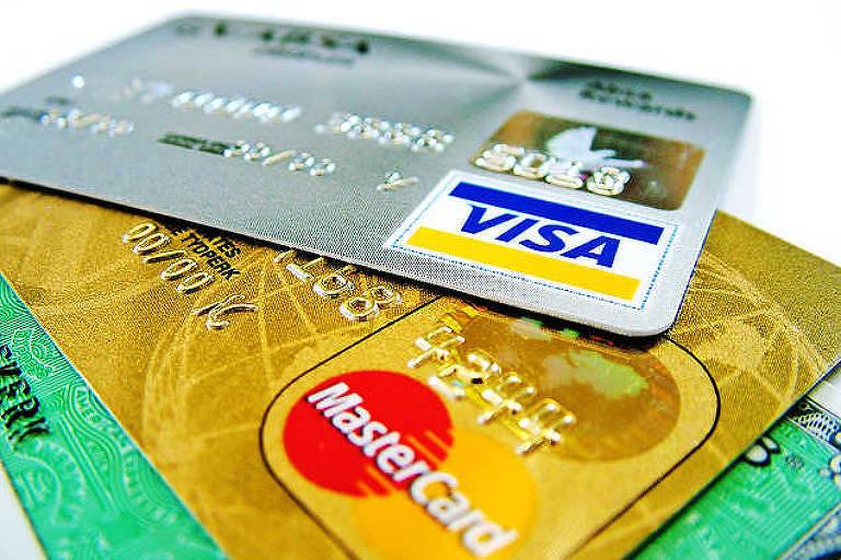 Por 6º lugar no país, bancos digitais acirram disputa com serviços gratuitos