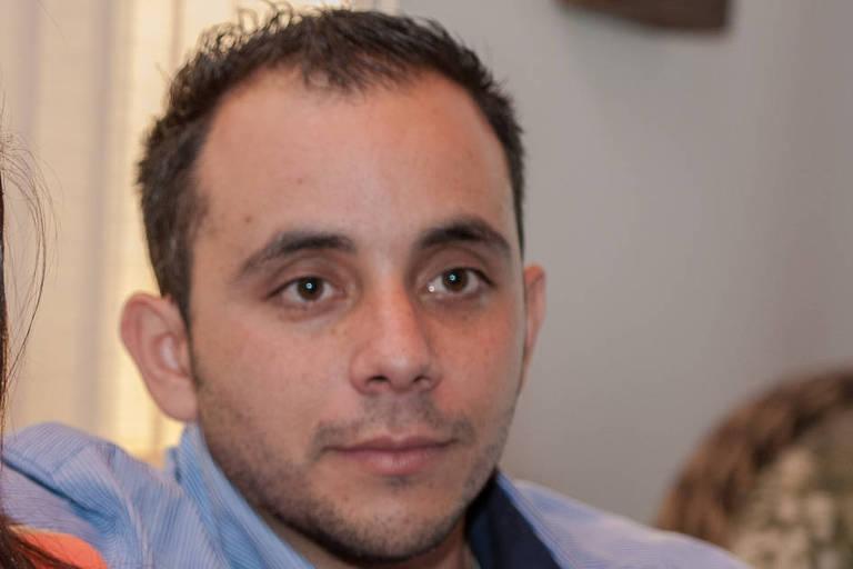 Médico cubano Adrian Estrada Barber