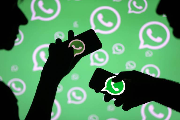 Usuários de WhatsApp; empresa foi solicitada a reduzir o número de destinatários de uma mensagem