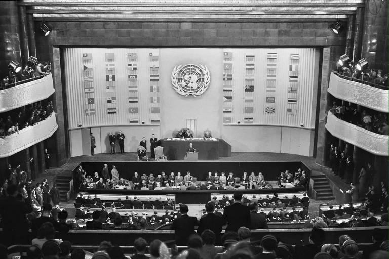Reunião em Paris da então recém-criada ONU que aprovou a Declaração Universal dos Direitos Humanos, em 10 de dezembro de 1948