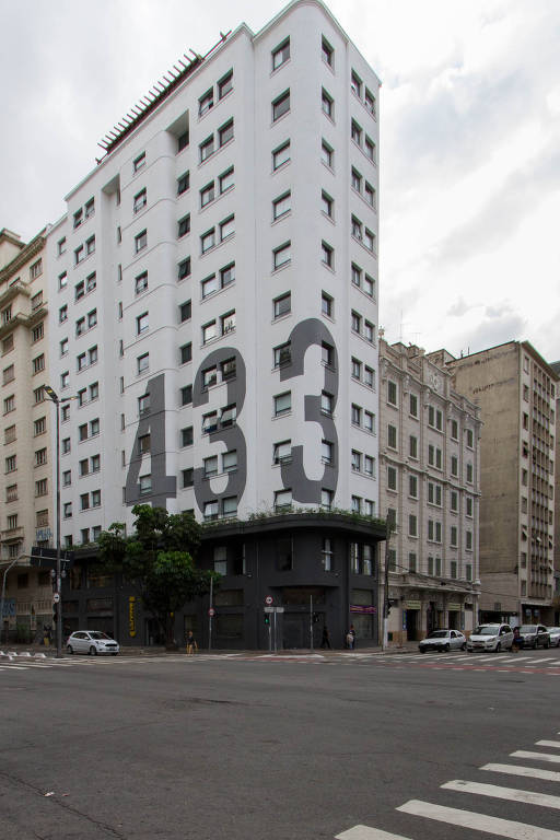 Fachada do 433, da Uliving, no bairro Campos Elísios, em São Paulo; o prédio antigo passou por retrofit para abrigar a república estudantil