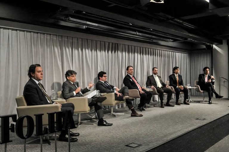 A Folha promoveu, em conjunto com o portal Migalhas, debate com os candidatos a presidência da OAB de São Paulo