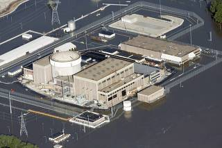 An aerial view of the Fort Calhoun Nuclear Power Plant in eastern Nebraska, surrounded by Missouri River flood waters