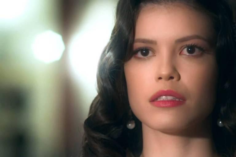 Vitória Strada como Cris em cena da novela 'Espelho da Vida', da Globo