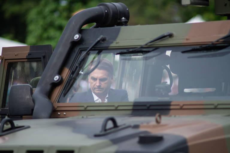 O presidente eleito, Jair Bolsonaro, compareceu à Vila Militar, no Rio, para participar da comemoração do 73º aniversário da Brigada de Infantaria Paraquedista