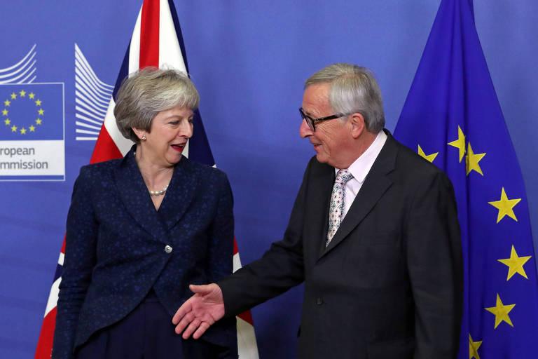 A primeira-ministra britânica, Theresa May, reúne-se com o presidente da Comissão Europeia, Jean-Claude Juncker, para discutir acordo do brexit