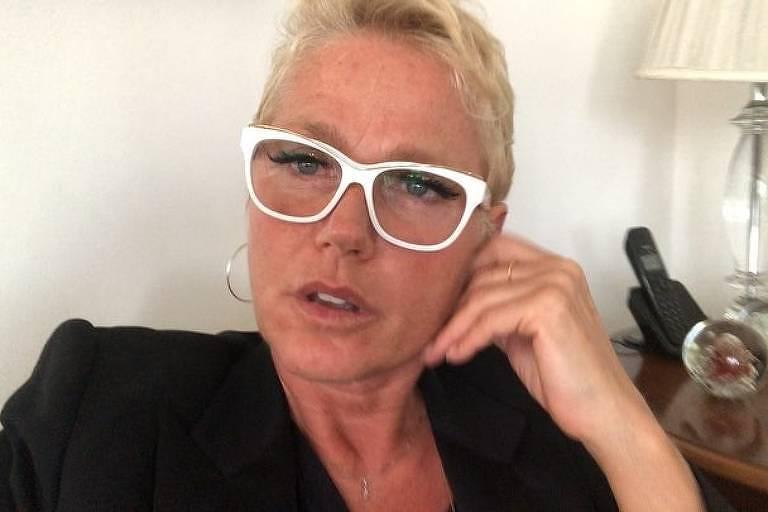 Xuxa passa a noite em aeroporto após problema com avião