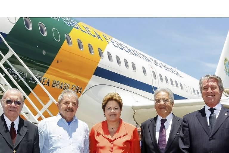 Ex-presidentes Sarney, Lula, Dilma, Fernando Henrique e Collor reunidos em 2013