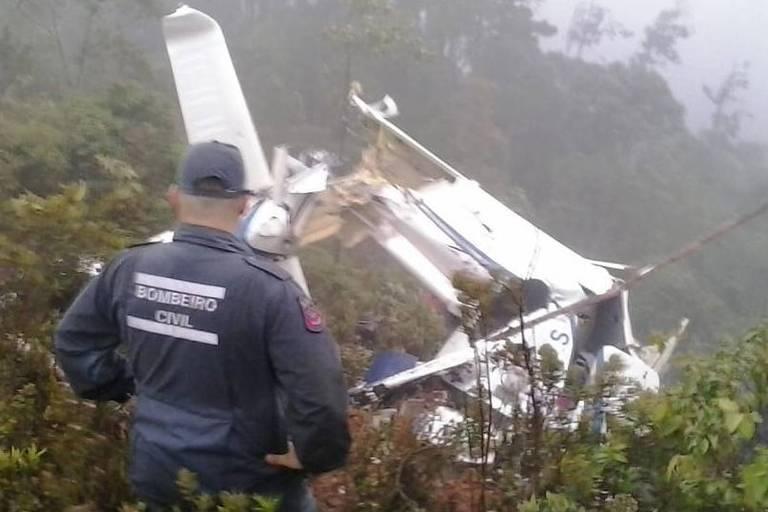 QUEDA HELICOPTERO CAMPOS JORDÃO