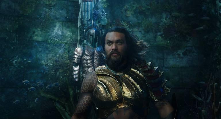 Jason Momoa em cena do filme de 'Aquaman'