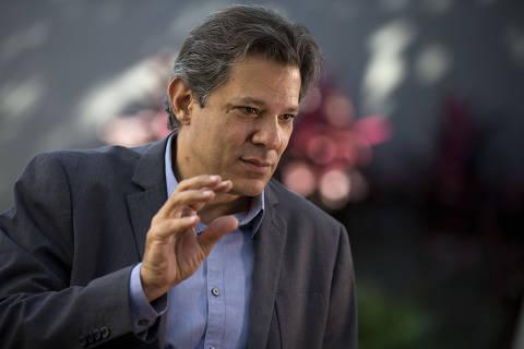SÃO PAULO, SP, 22.11.2018 - O candidato a presidente derrotado nas eleições de 2018, Fernando Haddad (PT-SP) concede entrevista à Folha em sua casa, na capital paulista. (Foto: Marlene Bergamo/Folhapress)
