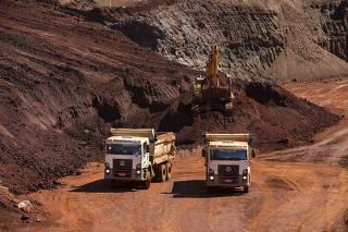 Extração de minério de ferro em Congonhas (MG)