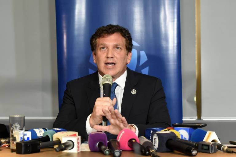 O presidente da Conmebol, Alejandro Domínguez, faz pronunciamento sobre a segunda partida da final da Copa Libertadores