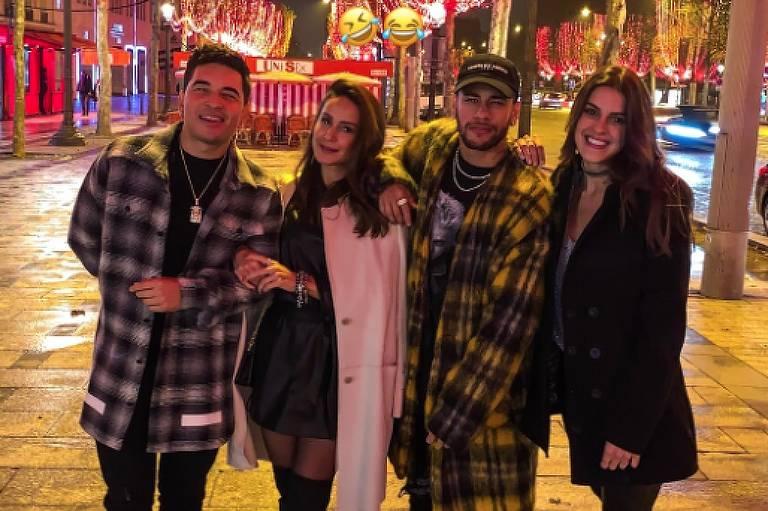 Neymar posta foto com amigos em Paris e nega romance: 'Ninguém é affair'