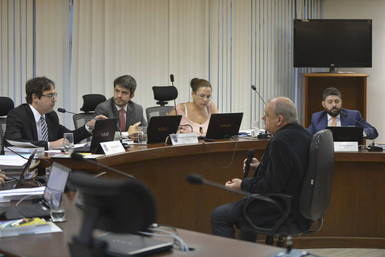 Sessão de julgamento no STJD (Superior Tribunal de Justiça Desportiva), no Rio de Janeiro