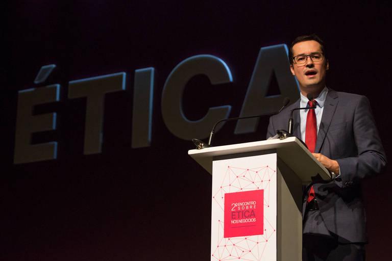 O procurador da Lava Jato Deltan Dallagnol durante palestra no 2º Encontro sobre Ética nos Negócios, na terça-feira (27), em São Paulo