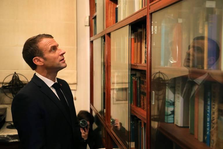 O presidente francês Emmanuel Macron visita a Fundação Internacional Jorge Luis Borges em Buenos Aires