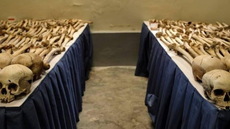 O memorial do genocídio em Ruanda exibe até ossadas de quem foi assassinado