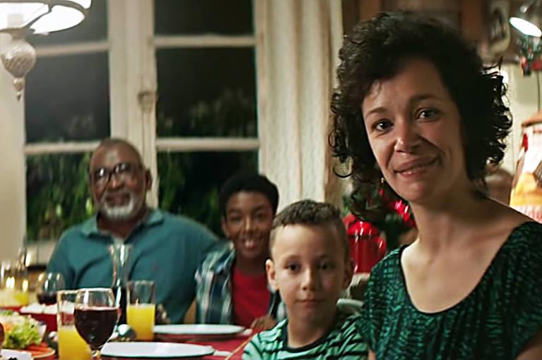 Perdigão reforça estereótipos racistas em propaganda de Natal