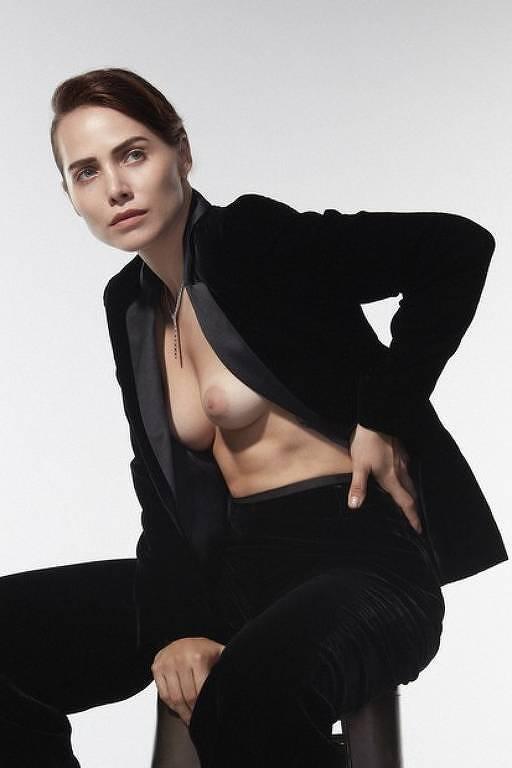 Letícia Colin na capa da revista Marie Claire