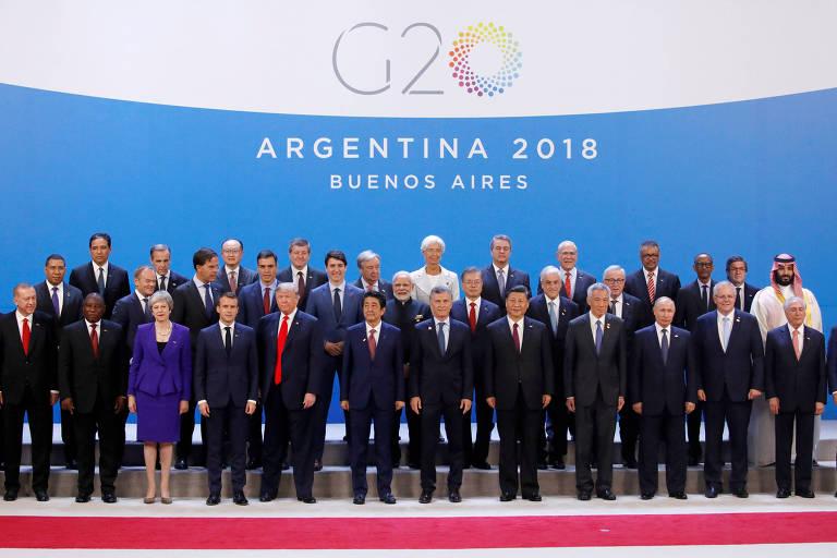 Líderes pousam para a tradicional foto do encontro do G20, em Buenos Aires