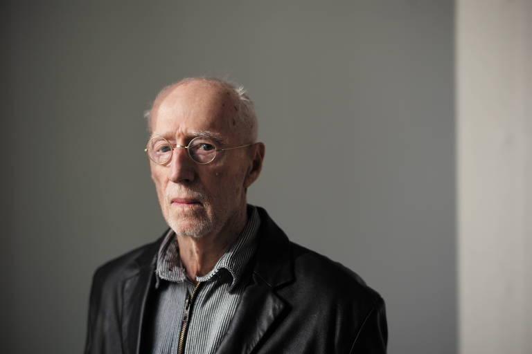 O artista plástico Robert Morris, que morreu na semana passada, aos 87 anos