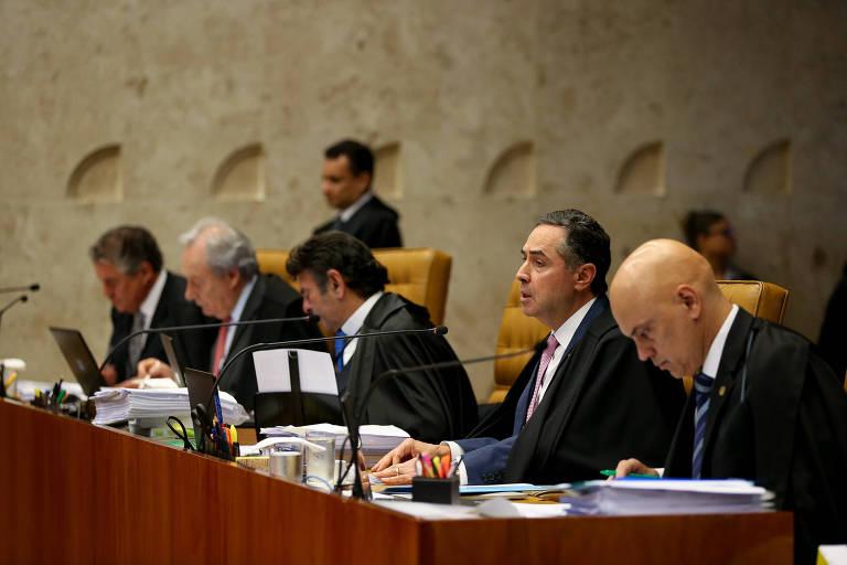 Ministros do Supremo Tribunal Federal durante julgamento de Ação Direta de Constitucionalidade em relação ao indulto natalino para presos com bom comportamento